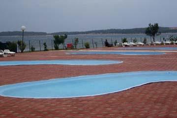 Pools beim Campingplatz Kazela, Medulin, Istrien/Kroatien