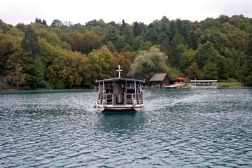 kl. Bootsfahrt im Plitwitzer Nationalpark, Kroatien