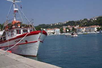 am Hafen in Stadt Rab, Insel Rab, Kroatien