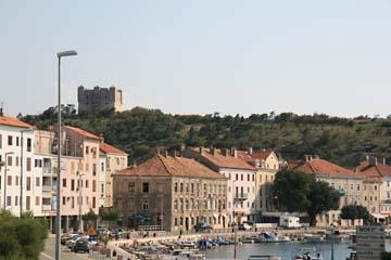 Senj mit Wahrzeichen Burg, Kroatien