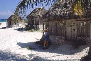 Strandhütten am Strand von Tulum in Mexiko