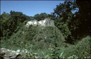 die Maya Ruinen von Caracol, Belize