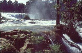 der Wasserfall Agua Azul bei Palenque, Mexiko