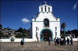 die Kirche von Chamula bei San Cristobal, Mexiko