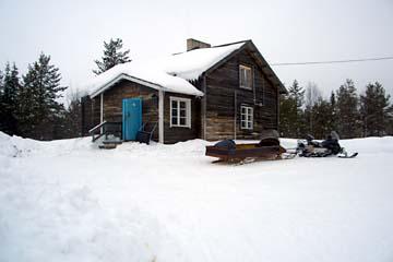 Hütte in der Wildnis von Lappland