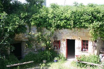 Doue-la-Fontaine, Höhlenwohnungen