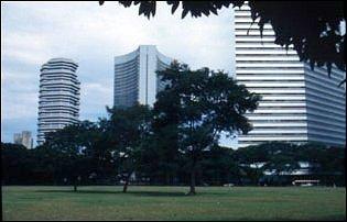 Hochhäuser im sauberen Singapur