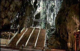 im Inneren der Batu Cave, Kuala Lumpur, Malaysia