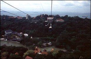 die Überfahrt zur Insel Sentosa, Singapur