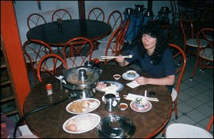 beim Steamboat Essen in Malaysia