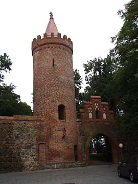 Neubrandenburg, Fangelturm