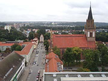 Neubrandenburg, Blick vom HKB-Hochhaus