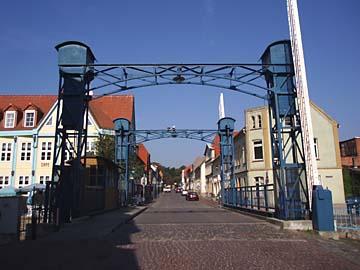 Plau, alte Hubbrücke
