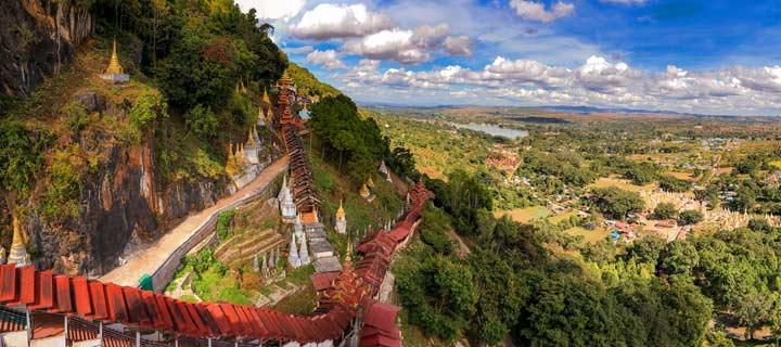 Panorama der Landschaft um die Höhlen von Pindaya in Myanmar