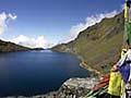 die heiligen Seen von Gosaikund im Langtang Trekking Gebiet in Nepal