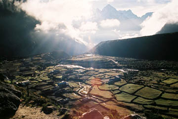 Blick vom Kloster Thame auf das Tal, Everest-Region, Nepal