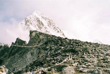 Mühsamer Aufstieg zum Gipfel des Kala Patar, Everest-Region, Nepal