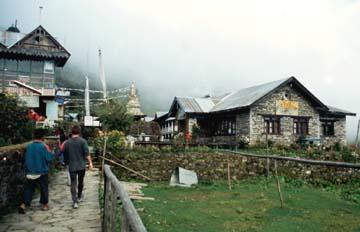 Angekommen im Klosterort Sing Gompa