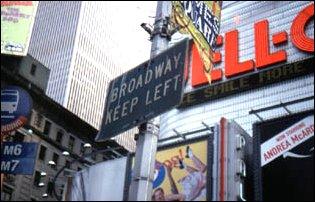 ein Broadway Schild am Times Square, Manhattan