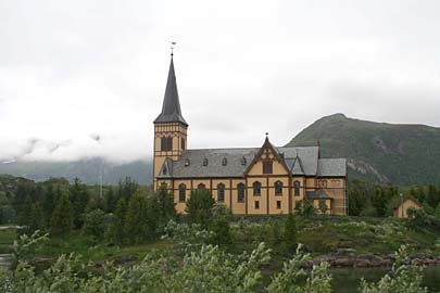 Kirche in Kabelvag, Lofoten, Norwegen