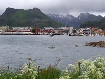 Blick auf Svolvaer, Lofoten, Norwegen