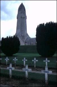 der Kriegsgefallenenfriedhof von Verdun bei Paris