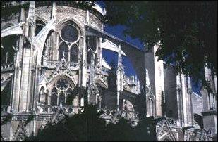 die Notre Dame Kirche in Paris