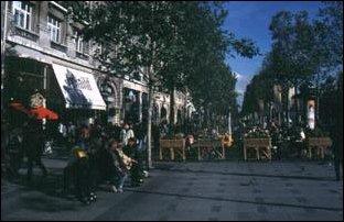 Strassencafees an der Champs, Paris
