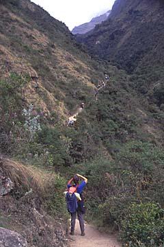 Blick auf den Weg des harten zweiten Tages des Inka Trails, Peru