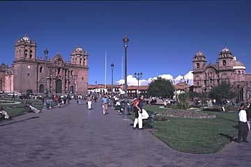 die atemberaubende Plaza de Armas in Cusco, Peru
