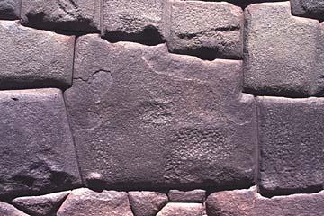 der berühmte 12-eckige Inka-Stein in Cuzco, Peru