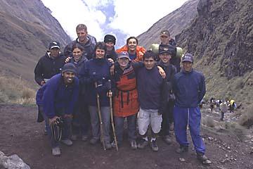 ein Teil unserer Gruppe am Pass der toten Frau, Inka Trail, Peru