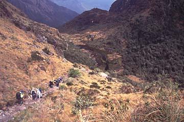 ein Ruinenstopp kurz vor dem 2. Pass, Inka Trail, Peru