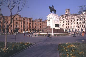 der Plaza San Martin in Lima, Peru