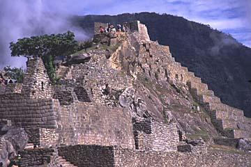der Ort an dem die Sonne gebunden wird ('Intiwatana'), Machu Picchu, Peru