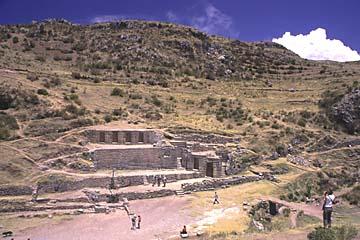 die heiligen Wasseranlagen von Tambomachay bei Cusco, Peru