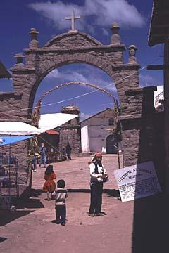 am zentralen Dorfplatz von Taquile, Titikaka-See, Peru