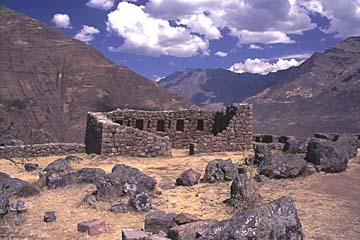 die Ruinenanlage oberhalb des Ortes Pisaq, Peru