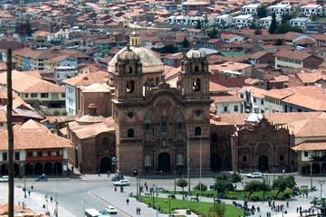 der zentrale Platz von Cusco, der Hauptstadt der Inka im Herzen von Peru
