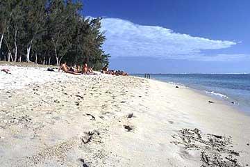 der Strand von l'Hermitage, Réunion