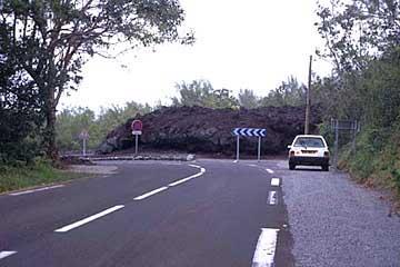 neue Strassenführung am Fusse des Fournaise, Réunion
