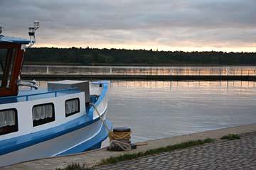 abends am Müritzsee in Waren, Mecklenburg-Vorpommern
