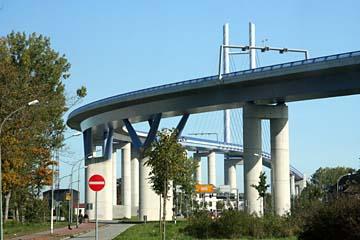 die neue Rügenbrücke in Stralsund, Mecklenburg-Vorpommern