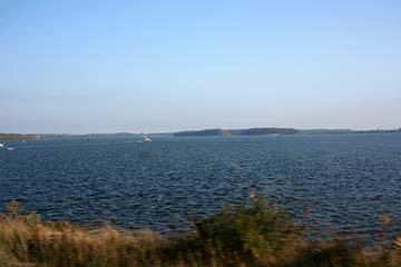 Blick vom Rügendamm von Stralsund zur Insel Rügen, Mecklenburg-Vorpommern