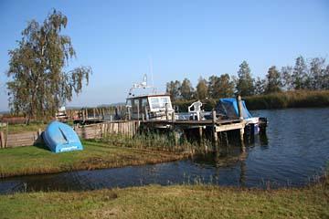 am kl. Hafen von Moritzdorf, Süden von Insel Rügen