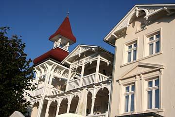 schöne Villen in der Wilhelm-Straße in Sellin, Insel Rügen