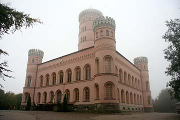 Schloß Granitz im Nebel,  Insel Rügen