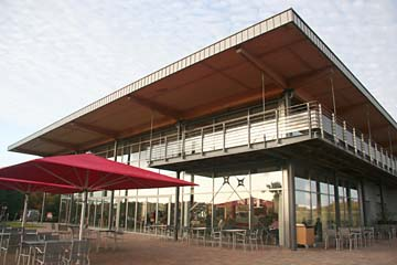 Einkehr in der Großbäckerei mit Cafe in Neu Mukran, Insel Rügen