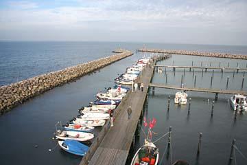 am Fischer und Jachthafen von Glowe, Nordrügen