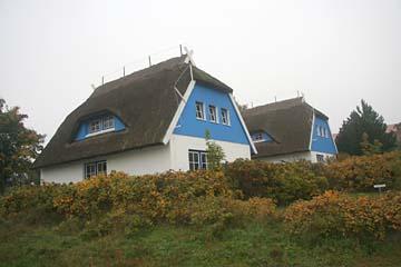 reetgedeckte Häuser in Kloster, Hiddensee